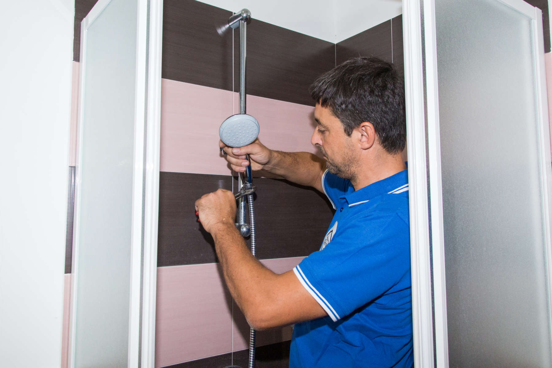 Piatto doccia sostituzione e riparazione prontocasa roma - Costo sostituzione piatto doccia ...